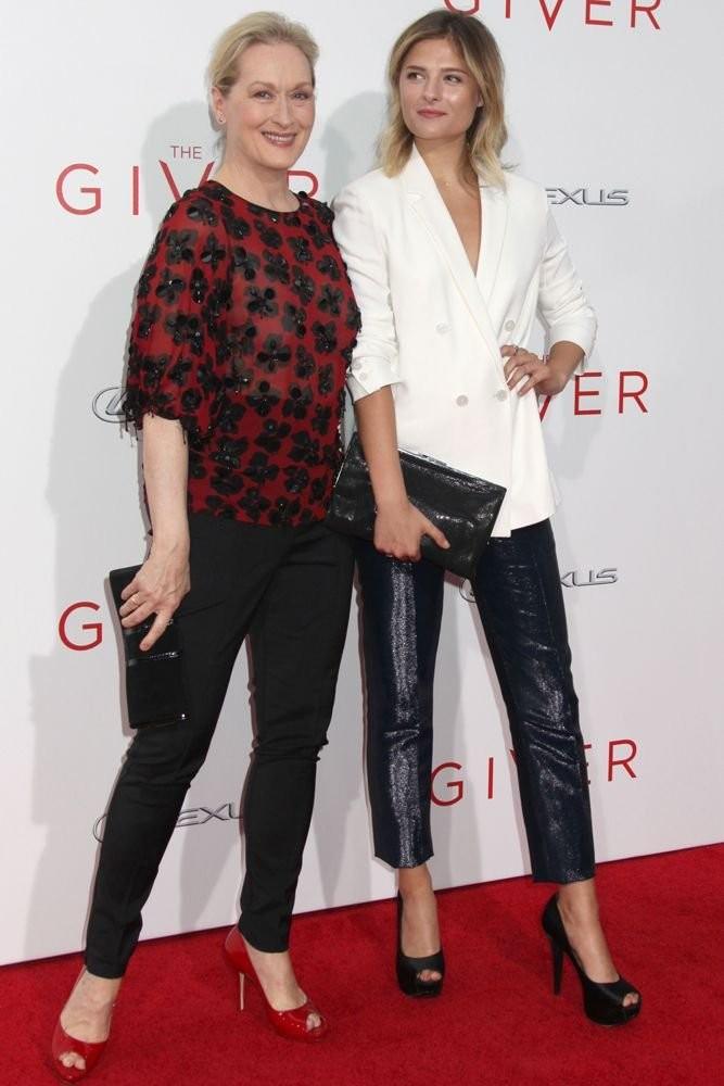 Meryl Streep e sua filha mais nova Louisa (Foto: Divulgação)