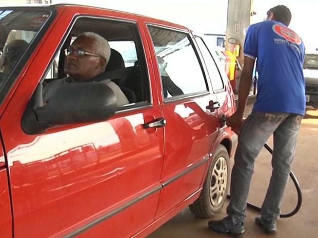 Motoristas no municipio de Balsas estão utilizando menos o carro (Foto: Reprodução/TV Mirante)