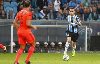"""Grêmio pretende manter """"joias"""" por muito tempo, diz diretor de futebol"""