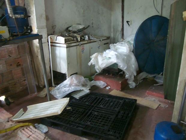 Empresa foi lacrada por falta de higiene (Foto: Superintendência Federal de Agricultura do Amazonas/divulgação)