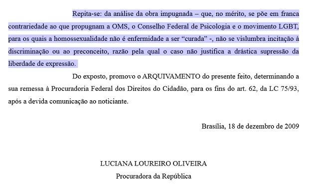 Trecho de decisão do Ministério Público Federal que arquiva ação contra livro de professor de 'cura gay' do DF (Foto: Reprodução)
