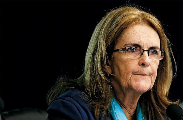Brasil: Segundo agência de notícias Reuters – Sai Graça Foster e a diretoria da Petrobras