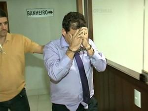 Falso fiscal do Ministério do Trabalho é preso no Espírito Santo (Foto: Reprodução/TV Gazeta Sul)