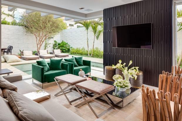 Uma casa moderna onde living e piscina s o quase uma coisa for Casa moderna 4 ambientes