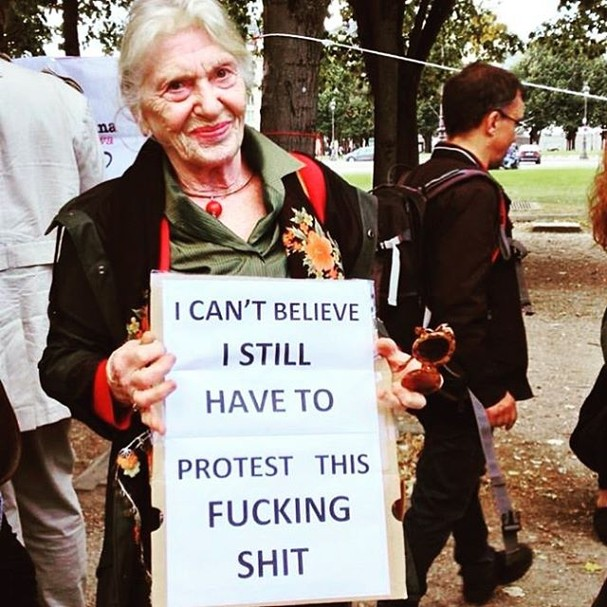 Não acredito que ainda tenho que protestar a favor dos meus direitos  (Foto: Reprodução/ Instagram)