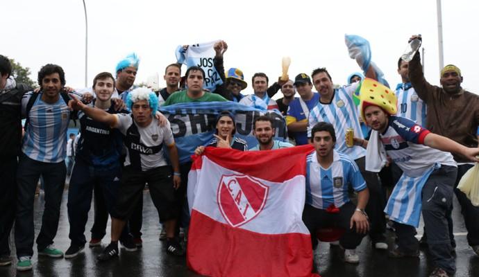 Argentinos fazem festa em Porto Alegre (Foto: Diego Guichard/GloboEsporte.com)