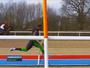 Ex-velocista britânico disputa corrida de 100 metros contra cavalo e vence