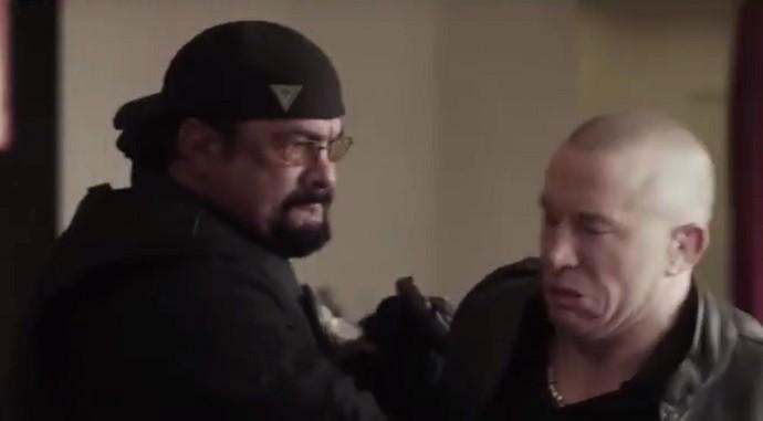 """BLOG: Georges St-Pierre """"apanha"""" de Steven Seagal em cena de novo filme"""