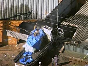 caminhão itapevi (Foto: Reprodução/TV Globo)