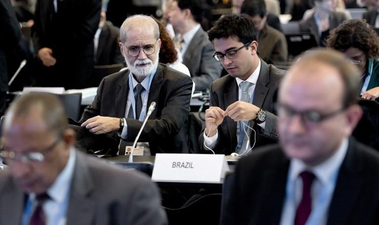 Integrantes do governo brasileiro participam de reunião climática do IPCC, em Copenhague (Foto: Keld Navntoft/Scanpix Denmark/AFP)