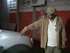 Irritados com barulho, moradores apedrejam carro do fumacê no Paraná