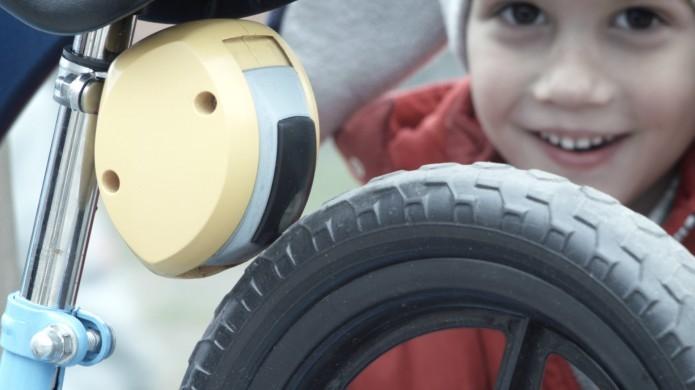 O Minibreak é instalado na traseira da bike (Reprodução/Indiegogo)