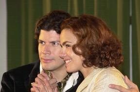 Paulo Ricardo com Ana Paula Arósio na novela Esperança (Foto: João Miguel Júnior/Globo)