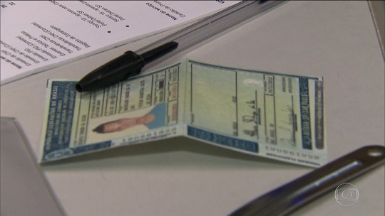 Carteira de habilitação ganha novos itens de segurança a partir de janeiro