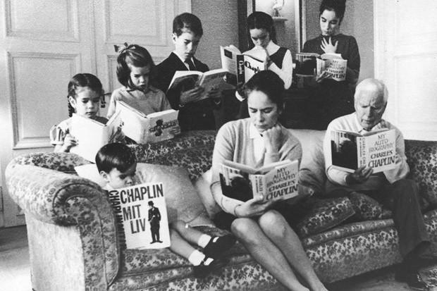 Cérebro fixa melhor quando lemos novas palavras, diz estudo