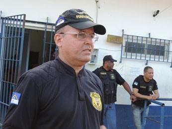 'Vamos abrir sindicância e o inquérito que vai indicar como os óbitos aconteceram', disse o coronel Romero Ribeiro, secretário de Ressocialização (Foto: Débora Soares/G1)