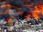 Incêndio com explosões lança fumaça negra em rodovia nos EUA