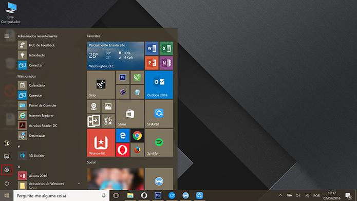 Windows 10 pode ter tema escuro selecionado nas configurações do sistema (Foto: Reprodução/Elson de Souza)