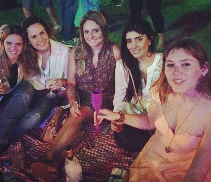 Ana e as amigas em festa gastronômica em Belo Horizonte (Foto: Arquivo Pessoal)