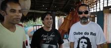 Amigos promovem festa de carnaval à beira mar regada a rock em Maceió (Reprodução)