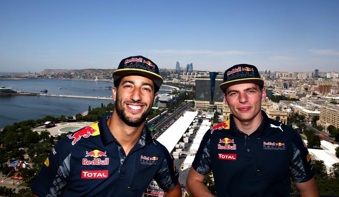 Daniel Ricciardo e Max Verstappen durante o GP da Europa de 2016 (Foto: Getty Images)