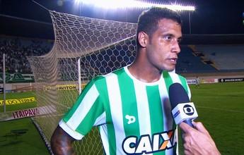 """Léo Lima exalta etapa inicial do Goiás: """"Eu não via há muito tempo no Brasil"""""""