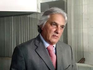 Senador Delcídio Amaral (PT-MS) concede entrevista coletiva (Foto: Laís Agretti/G1)