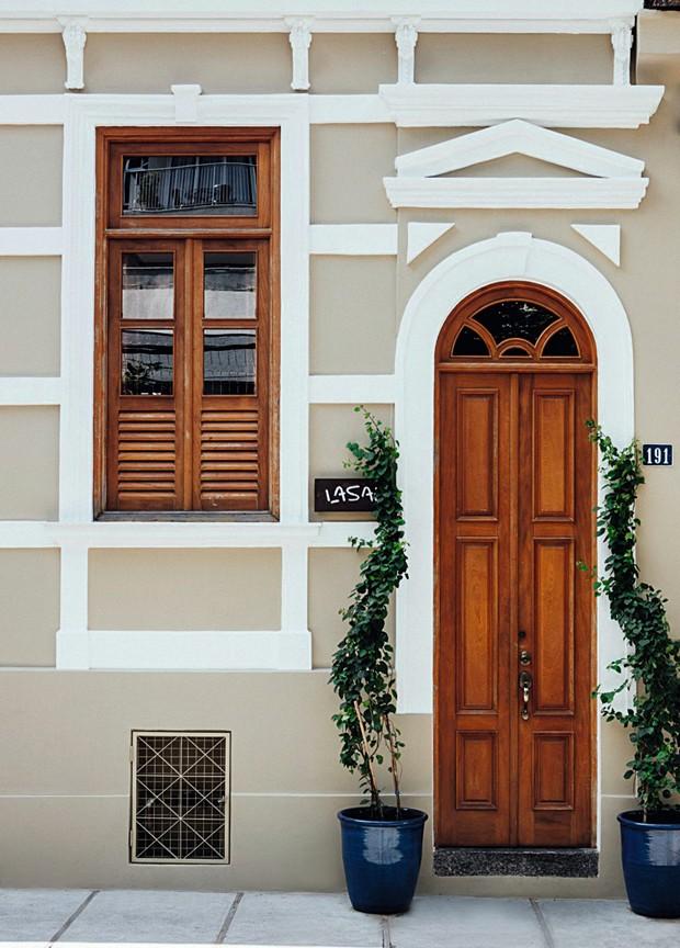 A fachada da casinha de 1902 onde funciona o Lasai, em Botafogo (RJ) (Foto: Ângelo dal Bó / Editora Globo)