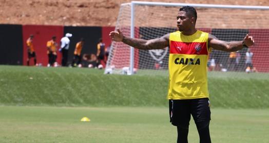 ele voltou (Francisco Galvão/EC Vitória/Divulgação)