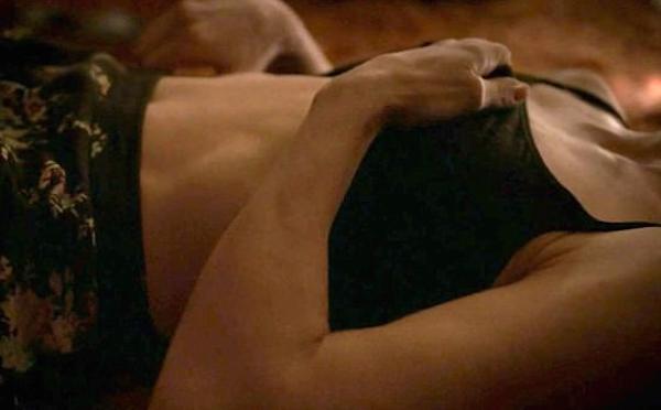 A cena de sexo com a atriz Jessica Biel na série The Sinner (Foto: Reprodução)
