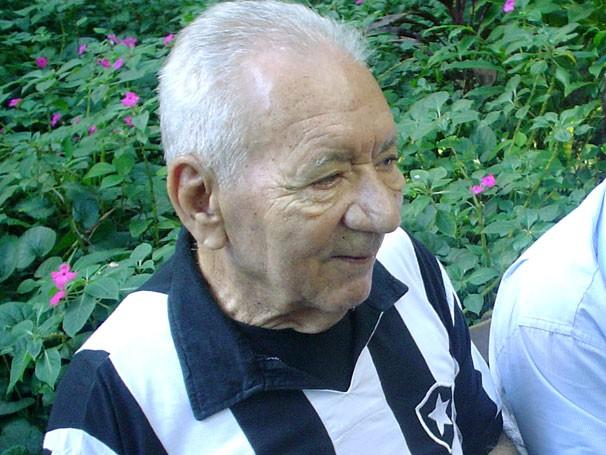 Nilton Santos era conhecido como a 'enciclopédia do futebol' (Foto: Marcelo Monteiro / Globoesporte.com)