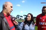Ex-goleiro do clube, Roberto Costa conheceu Weverton no CT do clube