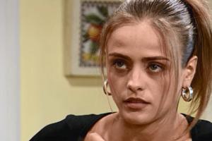 Júlia pede que Bebel saia da sua casa (Foto: reprodução/TV Globo)