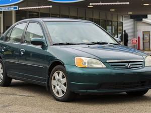 Honda Civic 2001-2002 está em lista de carros com alto risco de airbags explodirem (Foto: Divulgação/NHTSA)