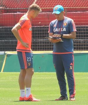 Marlone e Eduardo Baptista Sport (Foto: Lucas Liausu)