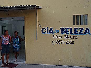 Sílvia Moura, comerciante da Bomba do Hemetério (Foto: Roberta Rêgo / G1)