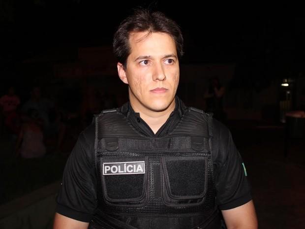 Delegado Laércio Evangelista fala sobre armas escondidas pelo atirador (Foto: Ellyo Teixeira/G1)