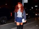 Madrugou ou nem dormiu? Rihanna chega a estúdio antes das 4h