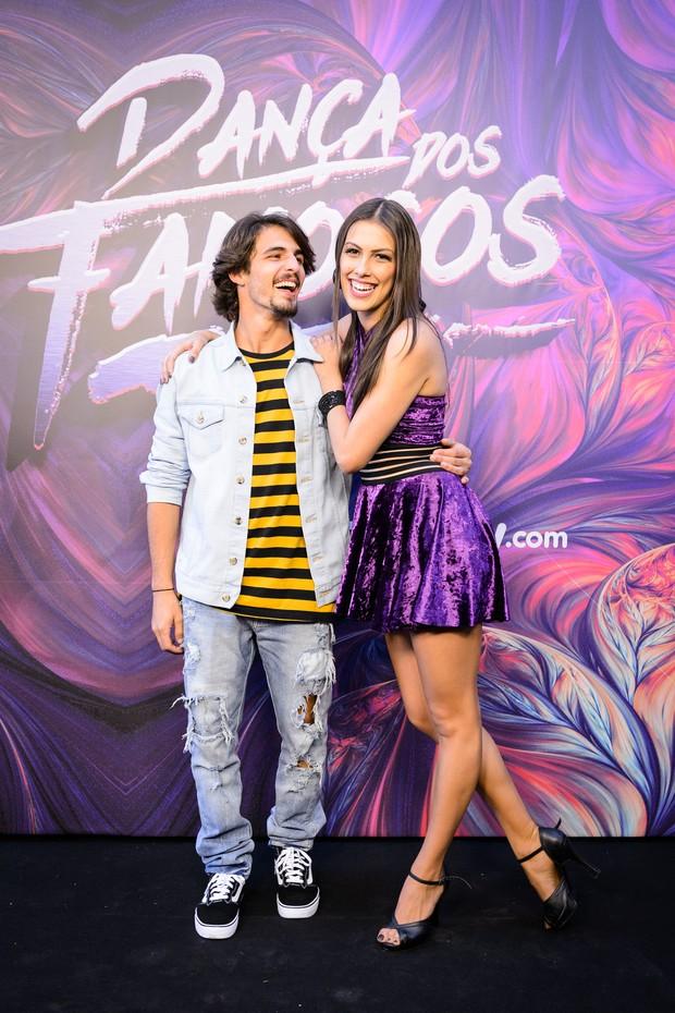 Brenno Leone e sua professora da Dança dos Famosos, Rachel Drodowisky (Foto: Globo/Ramón Vasconcelos)