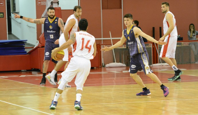 Paulistano x Mogi das Cruzes Campeonato Paulista de basquete (Foto: Cairo Oliveira)