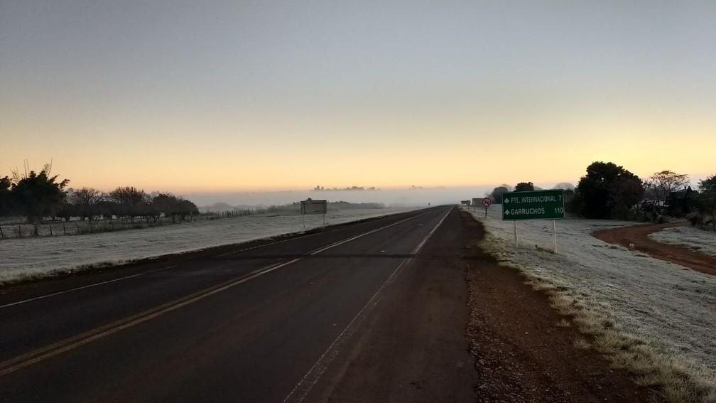 Geada em Cerro Largo, na Região das Missões (Foto: Divulgação/PRF)