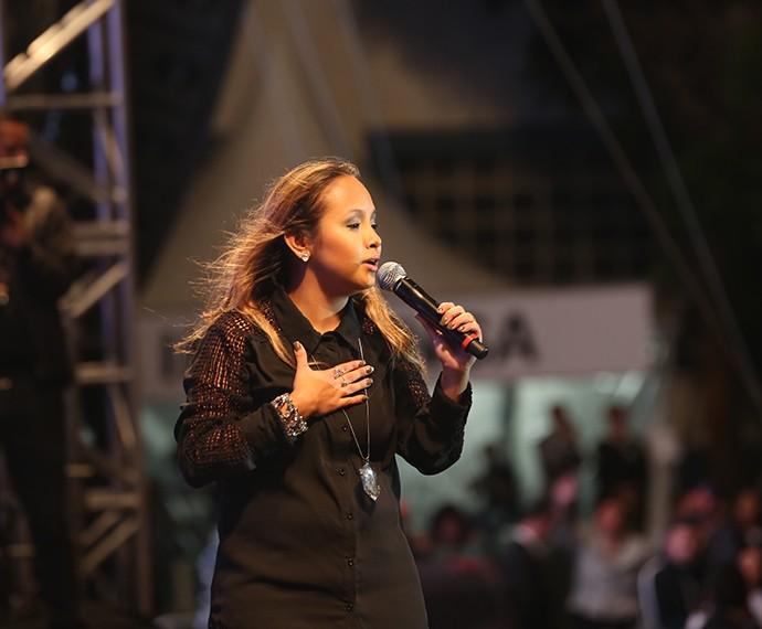 Bruna Karla subiu ao palco já no fim da noite (Foto: Carol Caminha/Gshow)