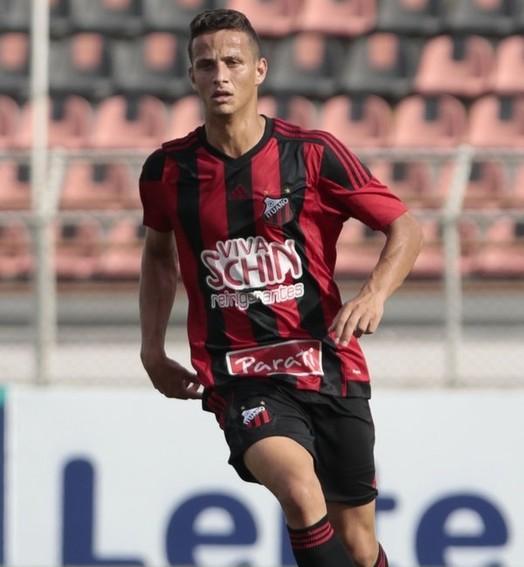 Já na Itália (Miguel Schincariol / Ituano FC)