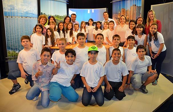 Cerca de 1.300 estudantes visitaram a TV Fronteira em 2014 (Foto: Marketing / TV Fronteira)