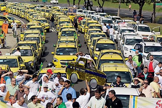 Passeata contra o Uber  (Foto: Paulo Campos/Ag. O Globo)