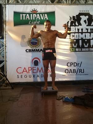 Patola bateu o peso e luta no Bitetti Combat 16 nesta sexta-feira (Foto: Hugo Miranda)