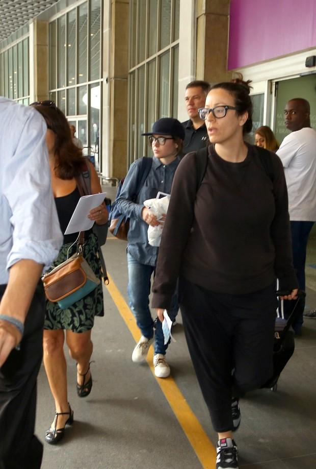 Ellen Page chega ao Rio de Janeiro (Foto: Gabriel Reis / Ag. News)