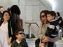 Wanessa Camargo embarca com os filhos em aeroporto em São Paulo