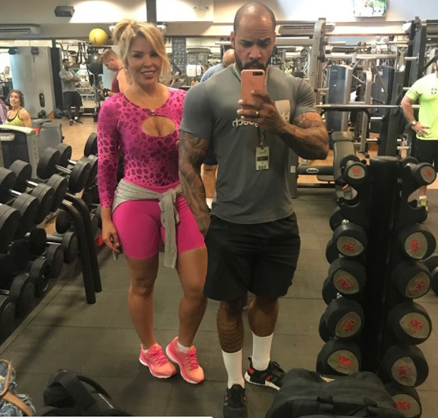 Verônica Costa e o personal Felipe Nunes (Foto: Reprodução/Instagram)