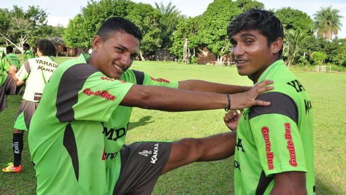 Lucas Gomes e Filho no São Raimundo em 2012 (Foto: Ivanildo Martins/Arquivo Pessoal)